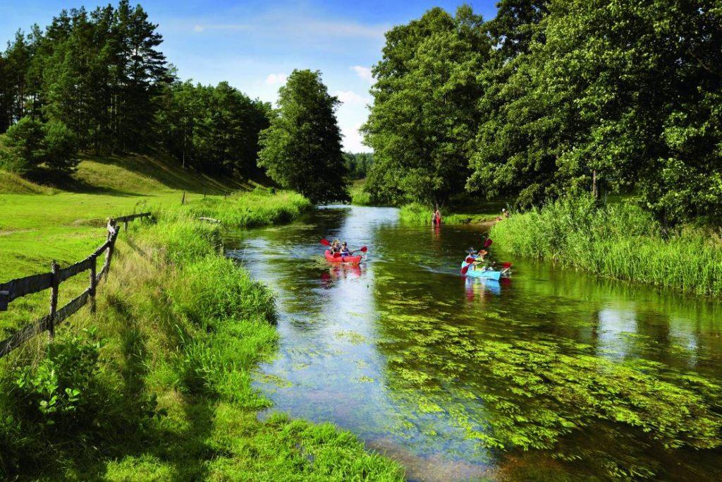 1ee42fee38a2e4821b91b1e167c3cd266e8ac12a 1024x683 - Spływ kajakowy - najlepsze rzeki w Polsce