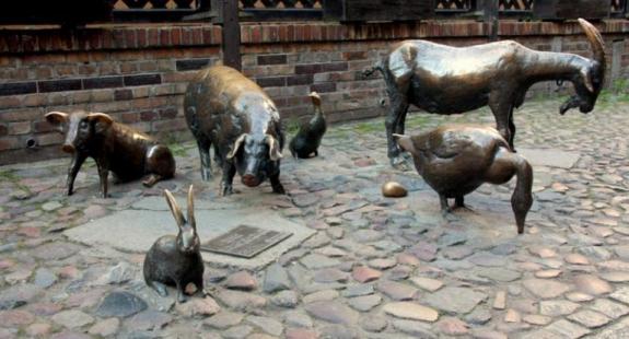 swinie - 14 niezwykłych miejsc w Polsce, które istnieją naprawdę