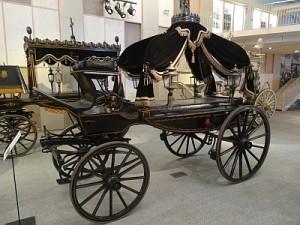 pogrzebowych 300x225 - 19 najdziwniejszych muzeów świata