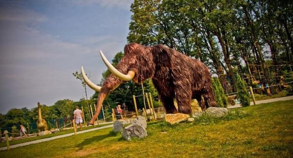 thumb - 10 bajecznych parków rozrywki w Polsce