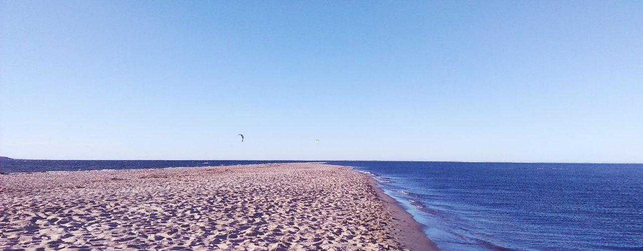 26306738430 09d5a0a790 k 1280x500 - Szlakiem polskich plaż - wschodnie wybrzeże
