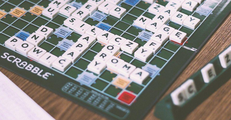 Scrabble to gwarancja dobrej zabawy dla wszystkich!