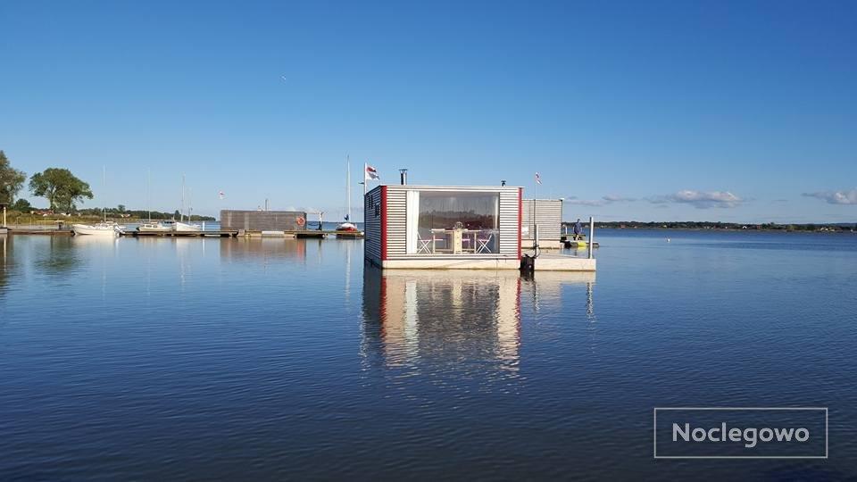 229438 498 mielno ht houseboats - Wyjątkowe noclegi w Polsce - sprawdź, gdzie ciekawie spędzisz noc