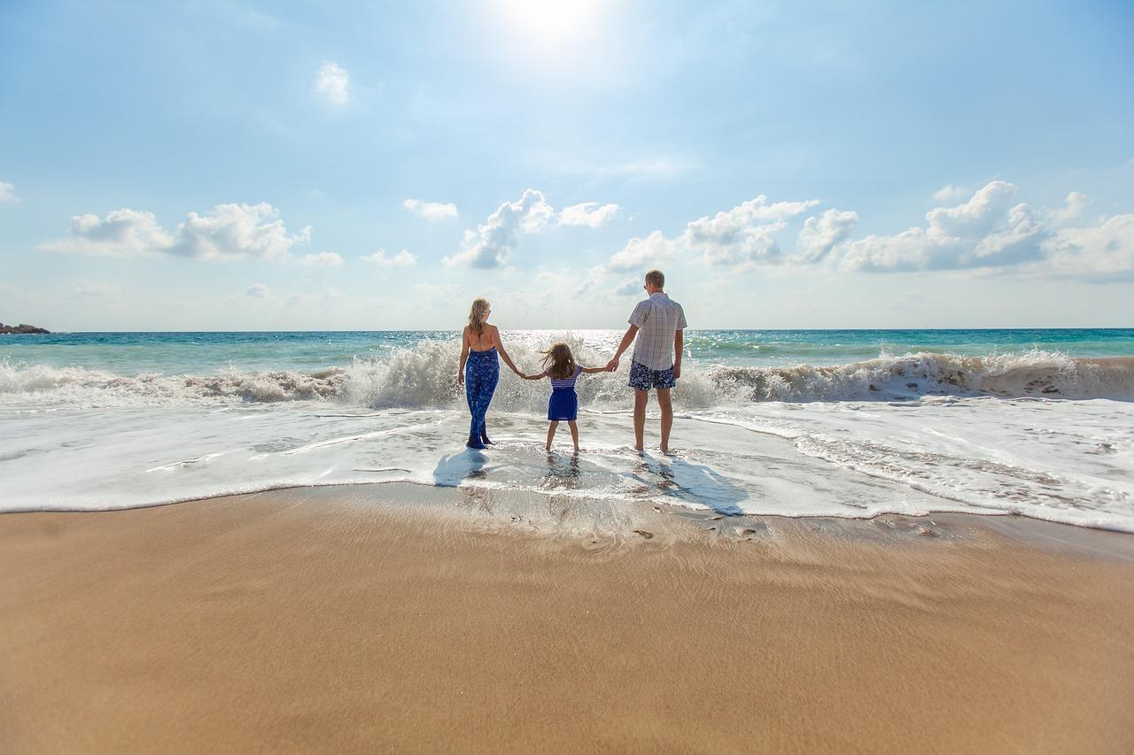 beach 1867271 1280 - Najlepsze miejsca na zachodnim Wybrzeżu Bałtyckim