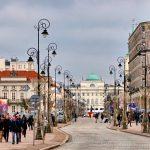 Romantyczny spacer po Krakowskim Przedmieściu w Warszawie