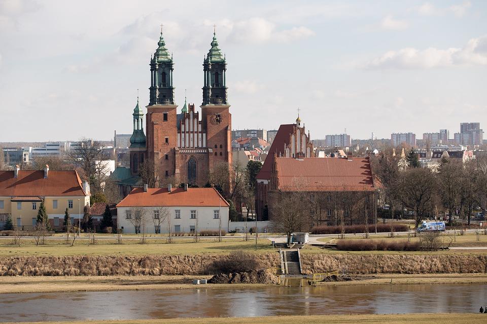 poznań - Jakie są najważniejsze miasta polskich województw? Część 1