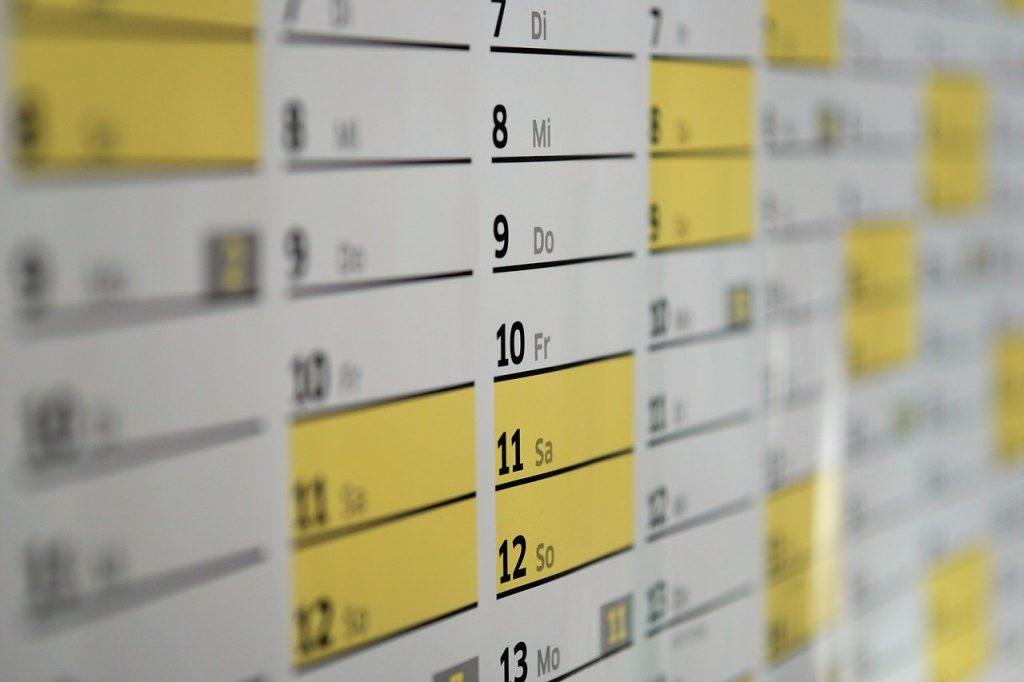 calendar 1990453 1280 1024x682 - Odpowiadaj na zapytania jak mistrz - tajniki skutecznego pozyskiwania rezerwacji