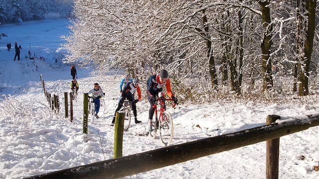 forma zima - Jazda rowerem zimą - czyli jak się przygotować?