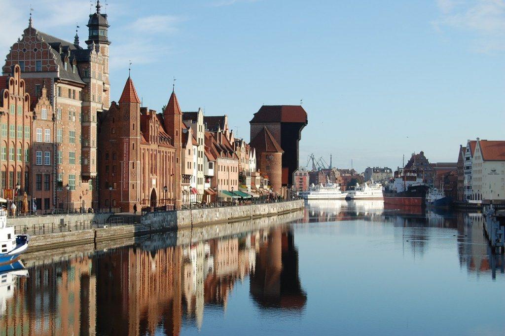 gdansk 3625497 1280 1024x681 - Żuraw w Gdańsku - zwiedzanie, ciekawostki. Czego o nim nie wiecie?