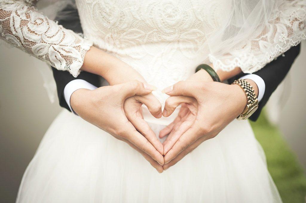 heart 529607 1920 1024x681 - Sesja ślubna - gdzie najlepiej ją wykonać? Miejsca na plener w Polsce