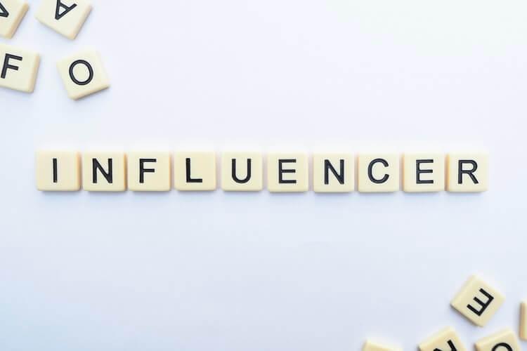 influencer 1 - Pomysły na promocję noclegu - trendy 2020