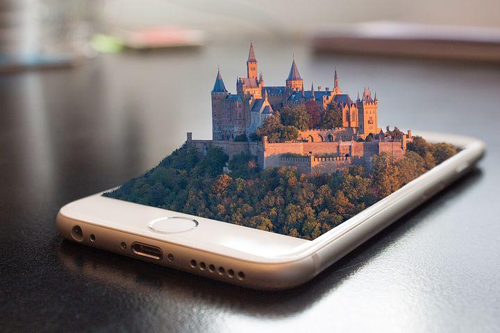 mobile phone 1875813  480 - Bon turystyczny - gdzie można wykorzystać go nad jeziorem?