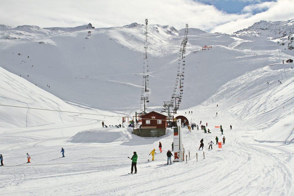 photo 1477310696684 4a72f7794823 1 1024x683 - Gdzie na narty? Przegląd najlepszych ośrodków narciarskich.