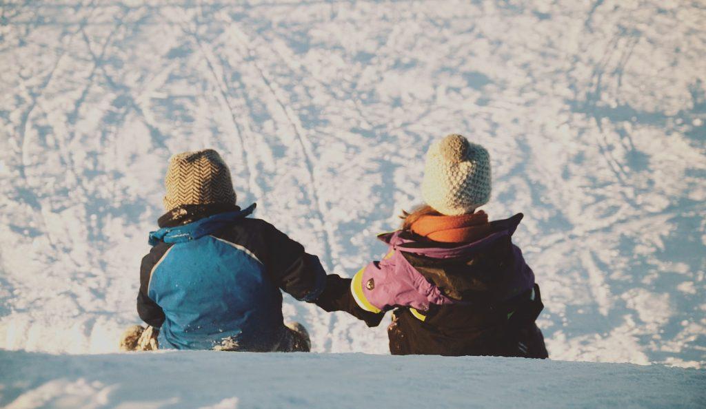 photo 1485101015172 b439ab658bb7 1024x594 - Śnieżnobiała kraina Polski. Co warto zobaczyć w Zieleńcu?