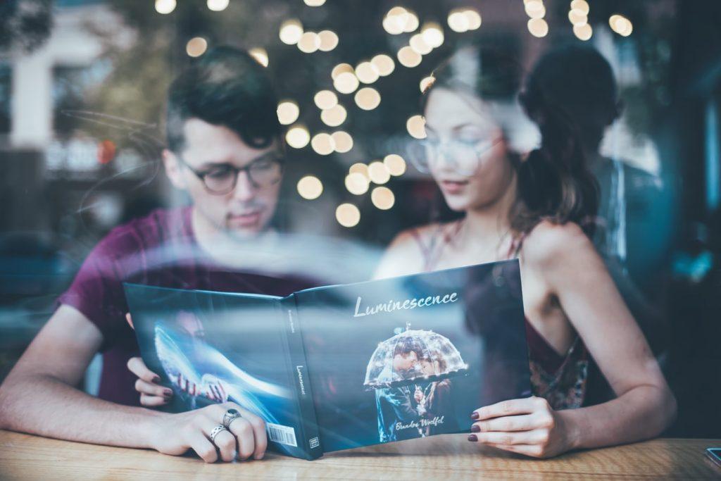 photo 1508414694446 9c6188b8eacd 1024x683 - Gdzie spędzić Walentynki? Pomysły na romantyczny wyjazd we dwoje.