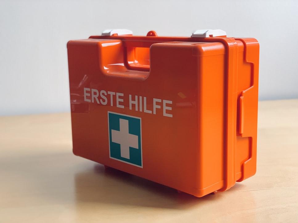 photo 1563260324 5ebeedc8af7c - 5 podstawowych elementów bezpieczeństwa w obiekcie na wynajem