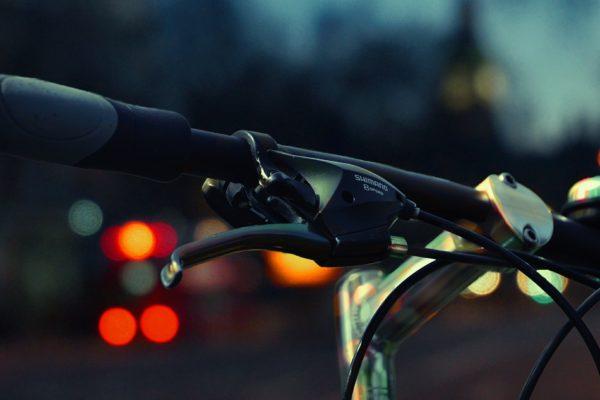 shimano 501433 1920 600x400 - Za co dostaniesz mandat podczas jazdy na rowerze?
