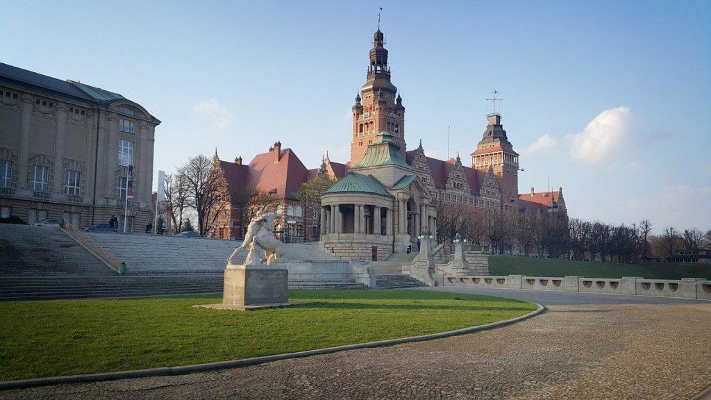 szczecin 1441291 1280 1024x576 - Starówka w Szczecinie - co warto tu zobaczyć?