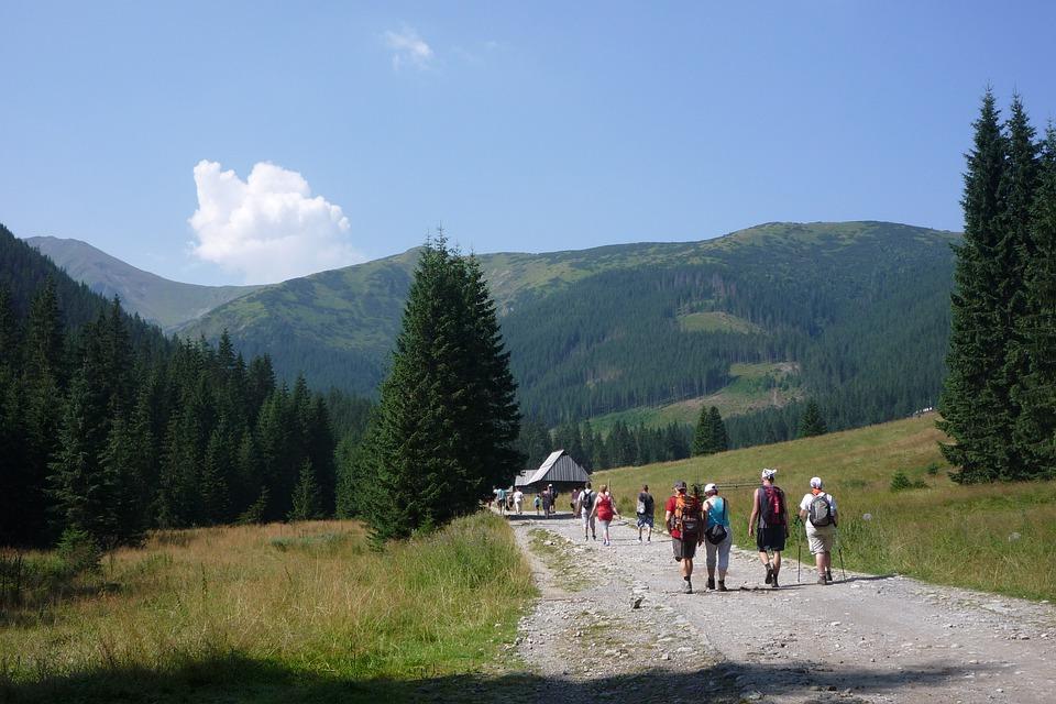 tatry 3396991 960 720 1 - Tatry z dzieckiem w wózku - najpiękniejsze szlaki