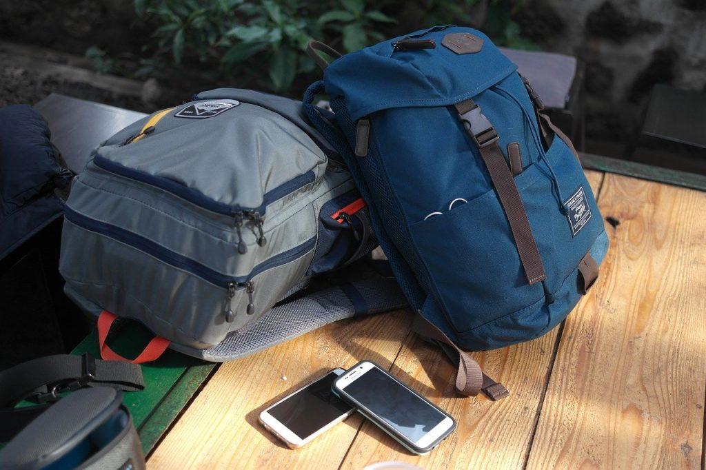 travel bag 3256390 1280 1024x682 - Jak się przygotować na kajaki? Porady dla początkujących