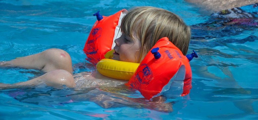 water wings 529172 1280 1024x478 - Najlepszy aquapark w Polsce - lista TOP 5. propozycji
