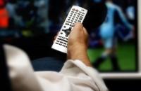 """Niejedna osoba zamierza spędzić w tym roku przysłowiowego """"sylwestra z Jedynką"""". Stacje telewizyjne jak co roku przygotowały dla swoich widzów coś odmiennego od codziennego programu telewizyjnego...."""