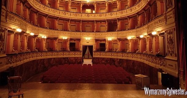 Teatr w Sylwestra
