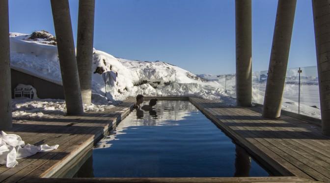 Sylwester na basenie – namiastka egzotyki w środku zimy